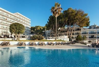 Schwimmbad AluaSun Torrenova Hotel Palmanova, Mallorca